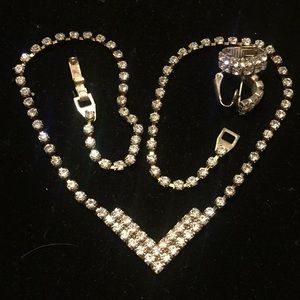 Vintage crystal rhinestone necklace and earrings